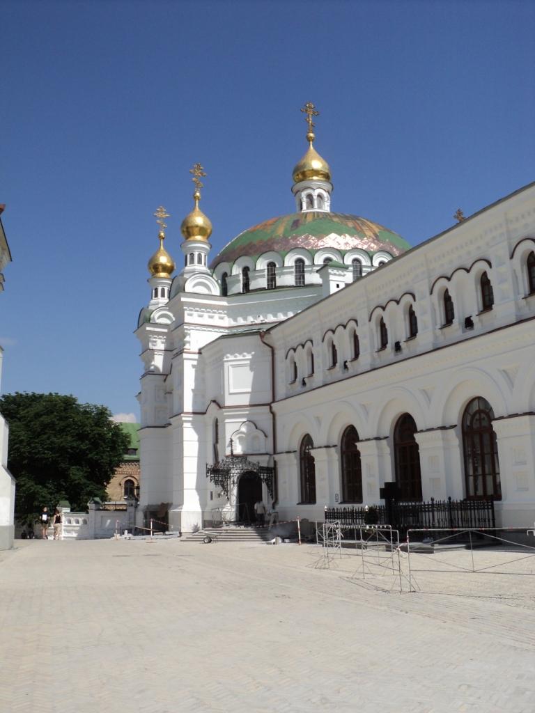 Das Refektorium und die Refektoriumskirche (der Heiligen Anton und Theodossi)