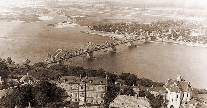 Die Bosch-Brücke in den 30gen Jahren des 20. JahrhundertsDie Bosch-Brücke in den 30gen Jahren des 20. Jahrhunderts
