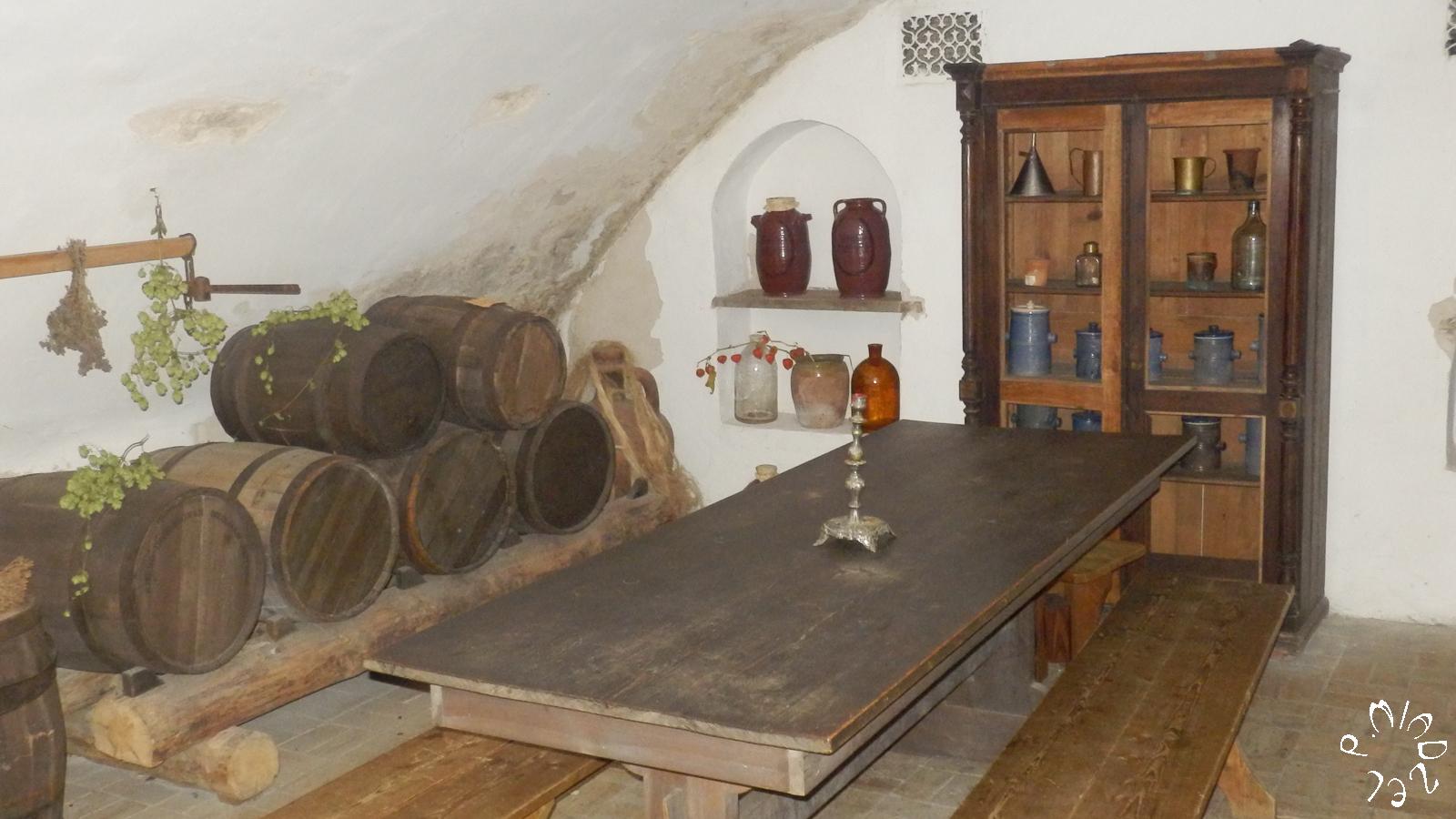 """Der """"Weinkeller"""" des Apotheke-Museums in Kiew"""