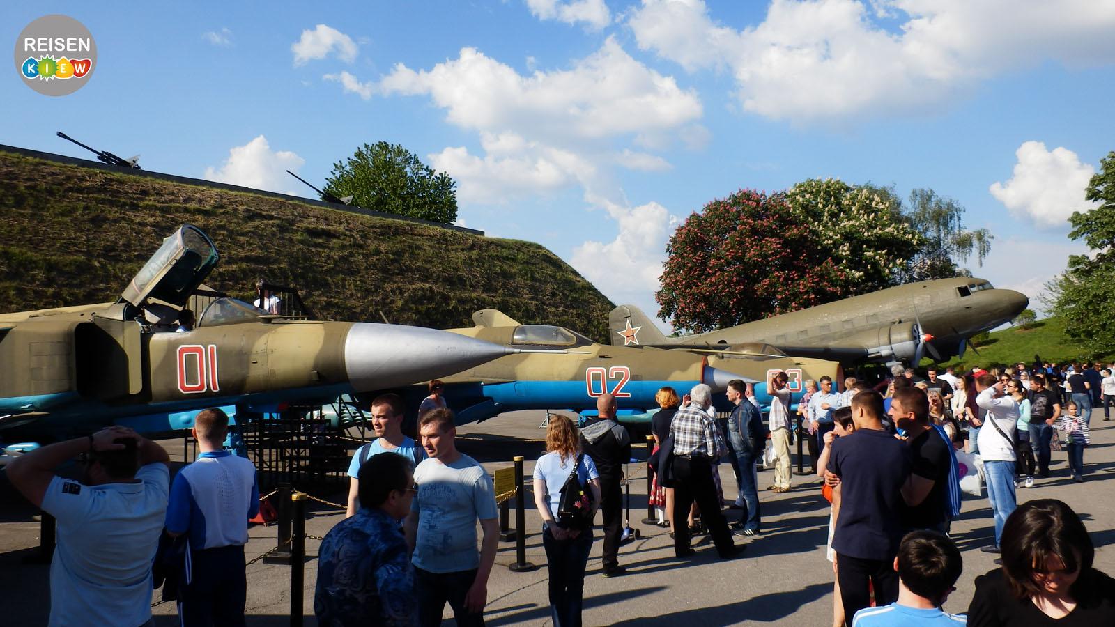 Ausstellung der Kriegstechnik