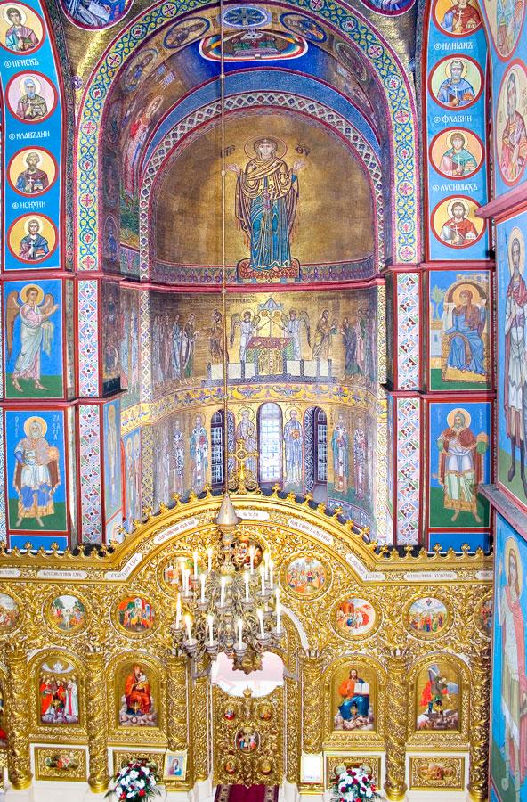 Innenraum der Michaelskathedrale